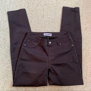 4/20$ Nygard plum skinny jeans